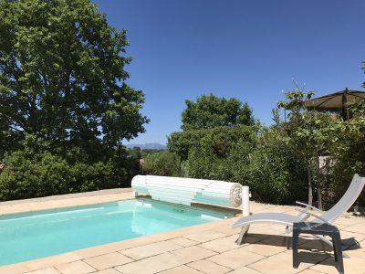 Zwembad villa achterkant